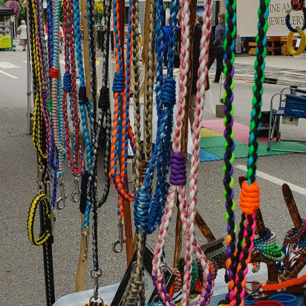 Custom dog/cat paracord collars & leashes by 351 Apparel